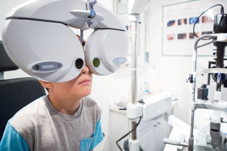 pediatric eye exam main 768x512