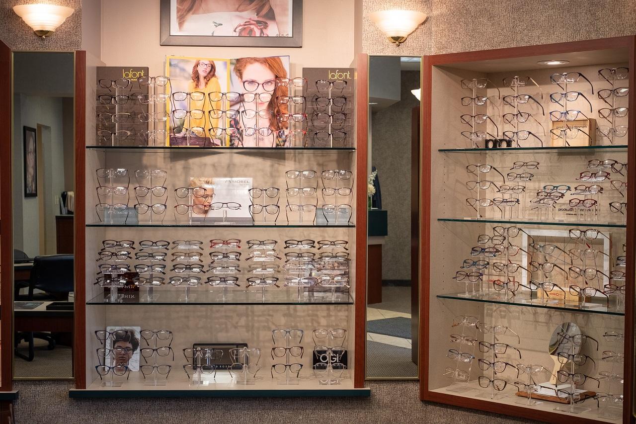 Family Eye Clinics Eden Prairie eyeglasses display