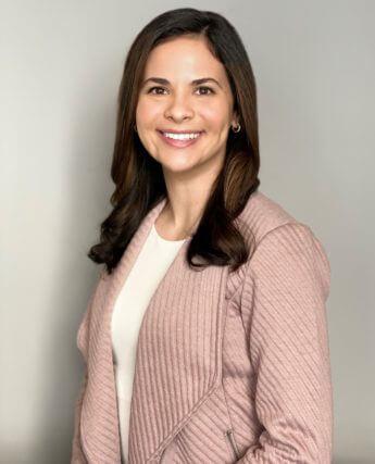 Dr. Alessandra Roa - Optometrist in Commerce City, Colorado