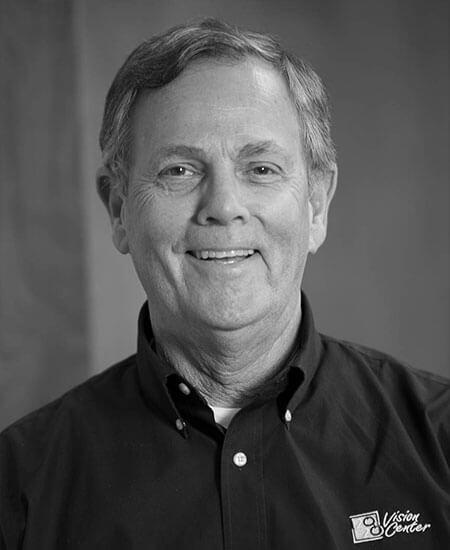 Dr.-Robert-J.-Larson-450