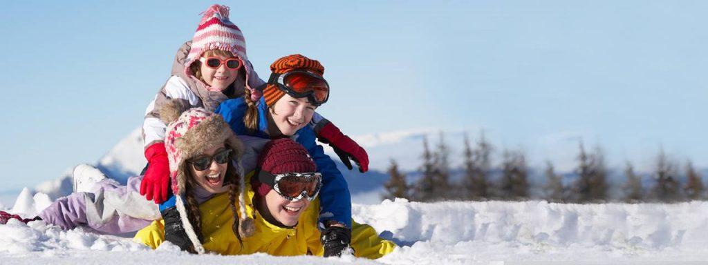 family_sunglasses_winter_1280x480-1024x384