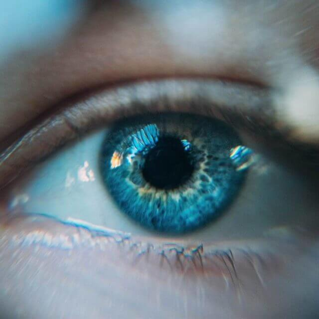 eye blue woman_1280x853 640x640