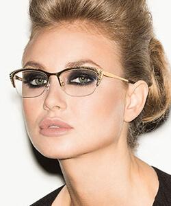 Model wearing Takumi eyeglasses