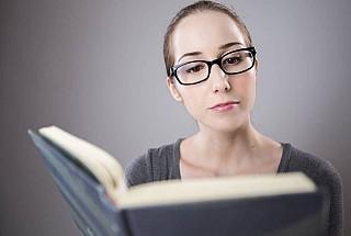 woman glasses reading min