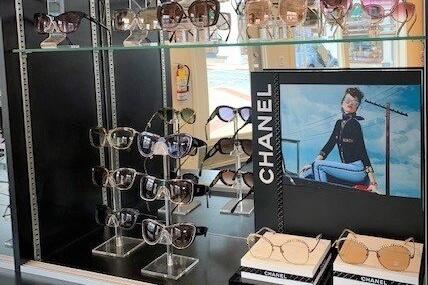 Chanel eyewear display