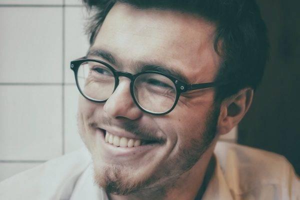 man eyeglasses happy_1280x853 e1546605113460