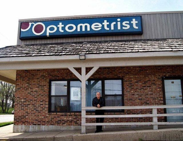 orthokeratology expert in illinois