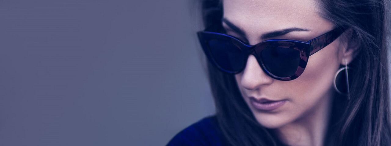 woman-designer-sunglasses
