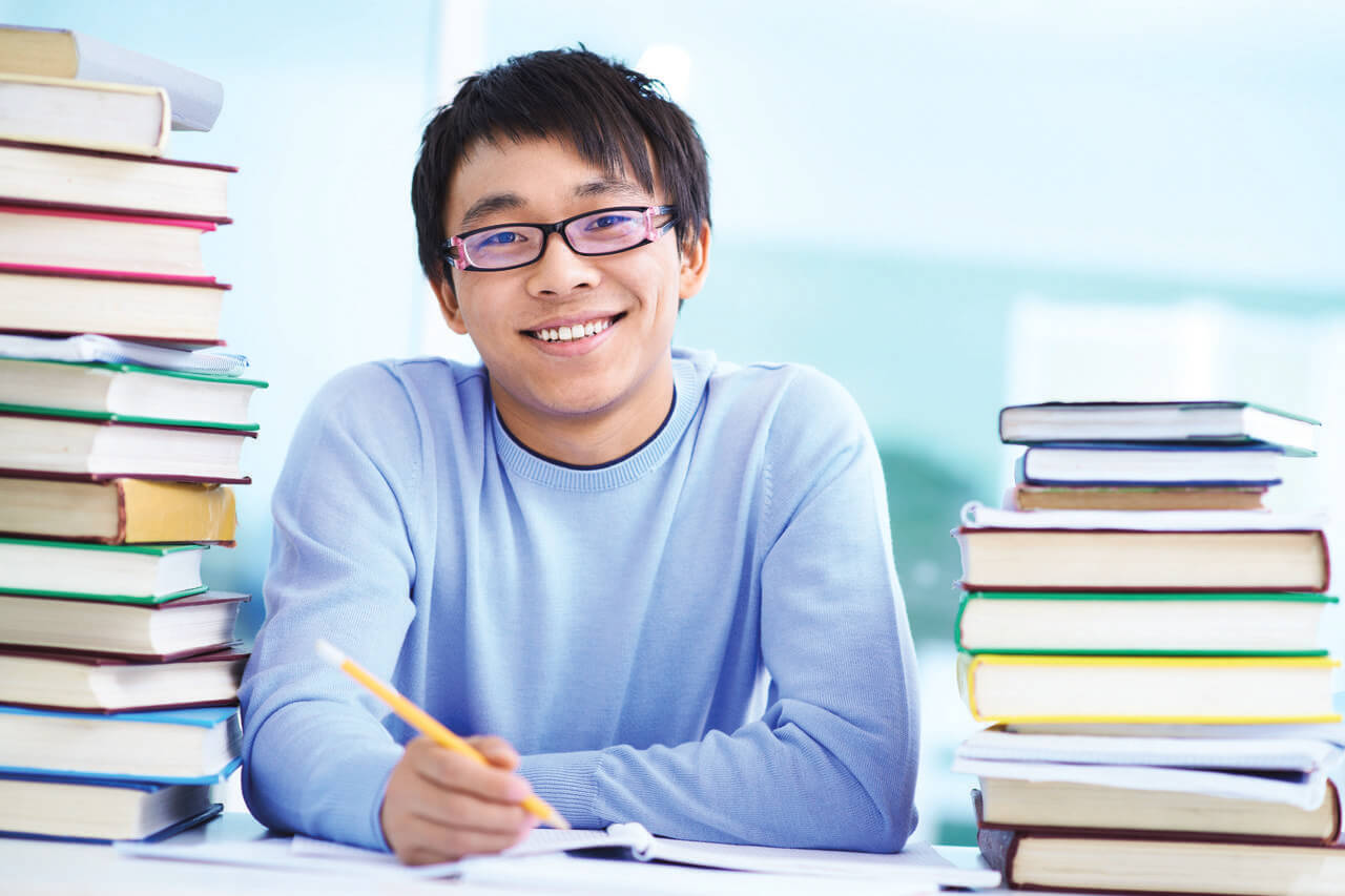 healthy student background 1280×853