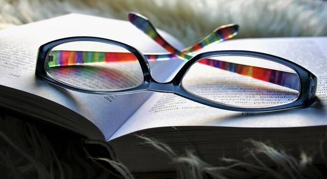 book-on-eyeglasses_-St.-Albert-AB-640x350-1
