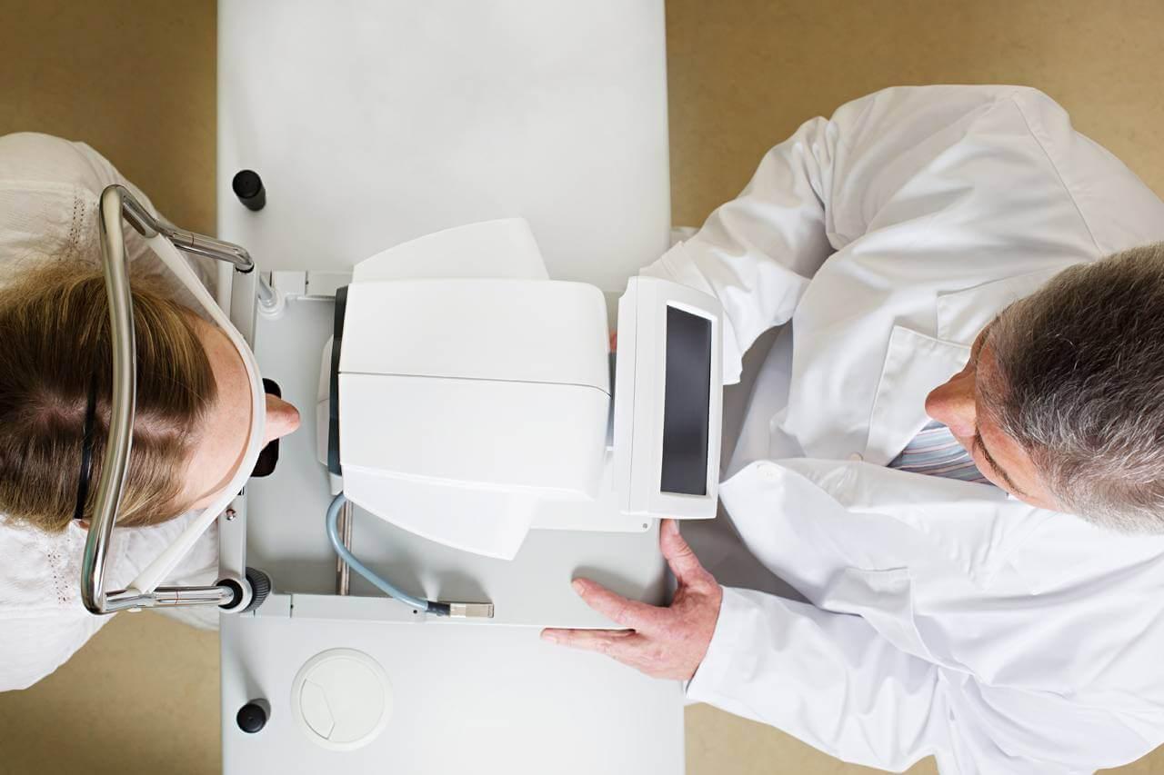 birds eye view of doctors exam with patient