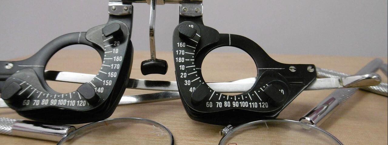 Eye-Testing-Equiptment-1280x480-e1521626758765