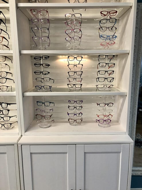 Different Choices of Eye Glasses