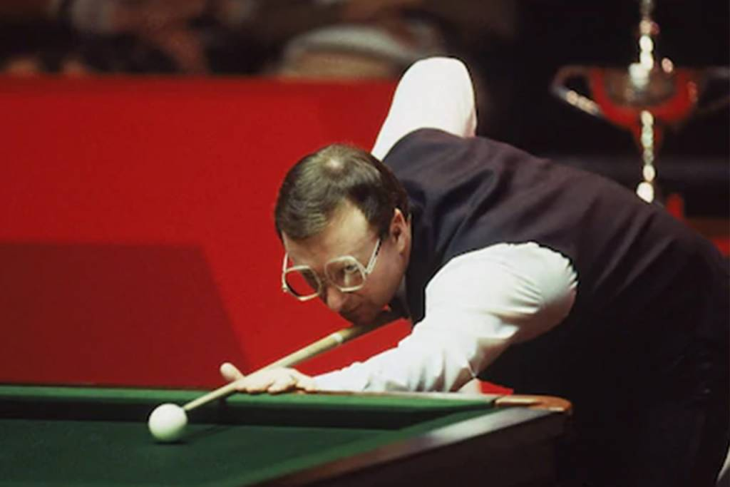 Snooker-Glasses-for-presbyopes-1024x683-1