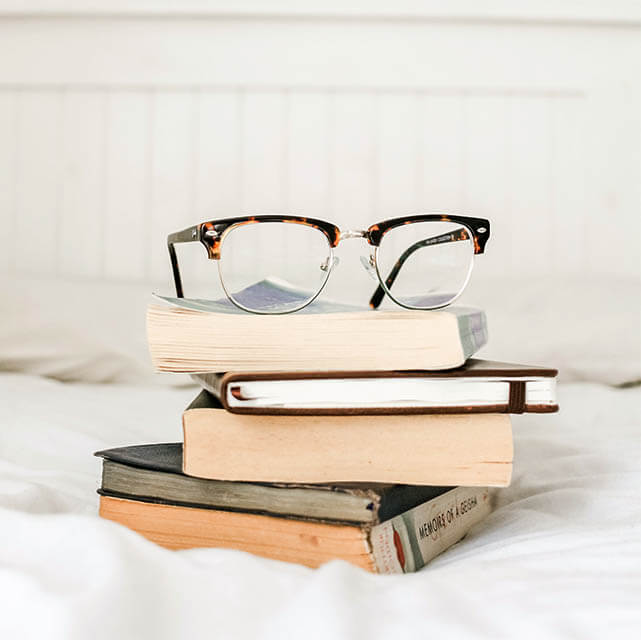 glasses_stillife-2_640