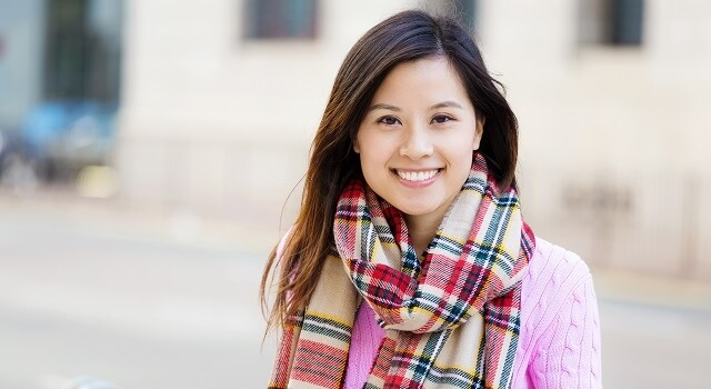 hard to fit link woman plaid scarf