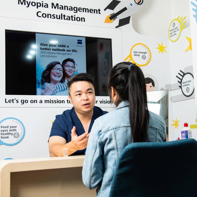 doctor and patient myopia consultation