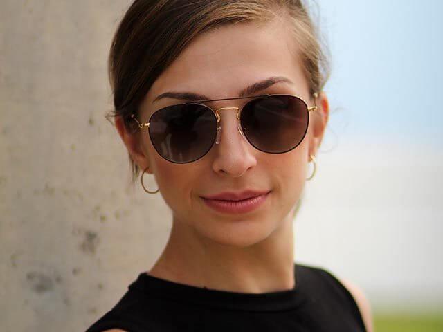 woman sunglasses 2_640 640x480