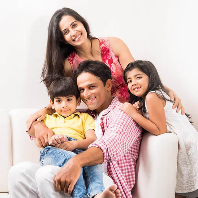 gp group on sofa posed ng 3la family 1off 640