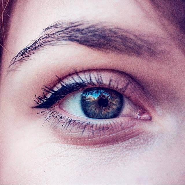 eye close up warm_640 1