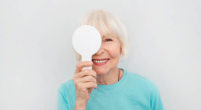 Senior-Woman-Eye-Exam_640x350