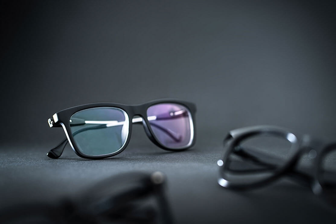 Spectacle lenses