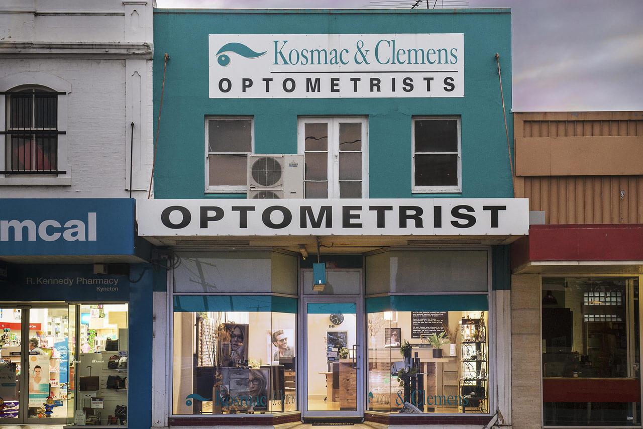 Exterior of Kosmac and Clemens Optometrists Kyneton