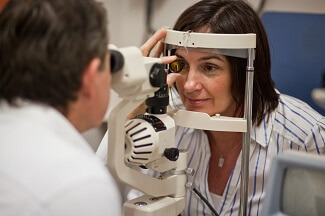 Eye Tests For Contact Lenses
