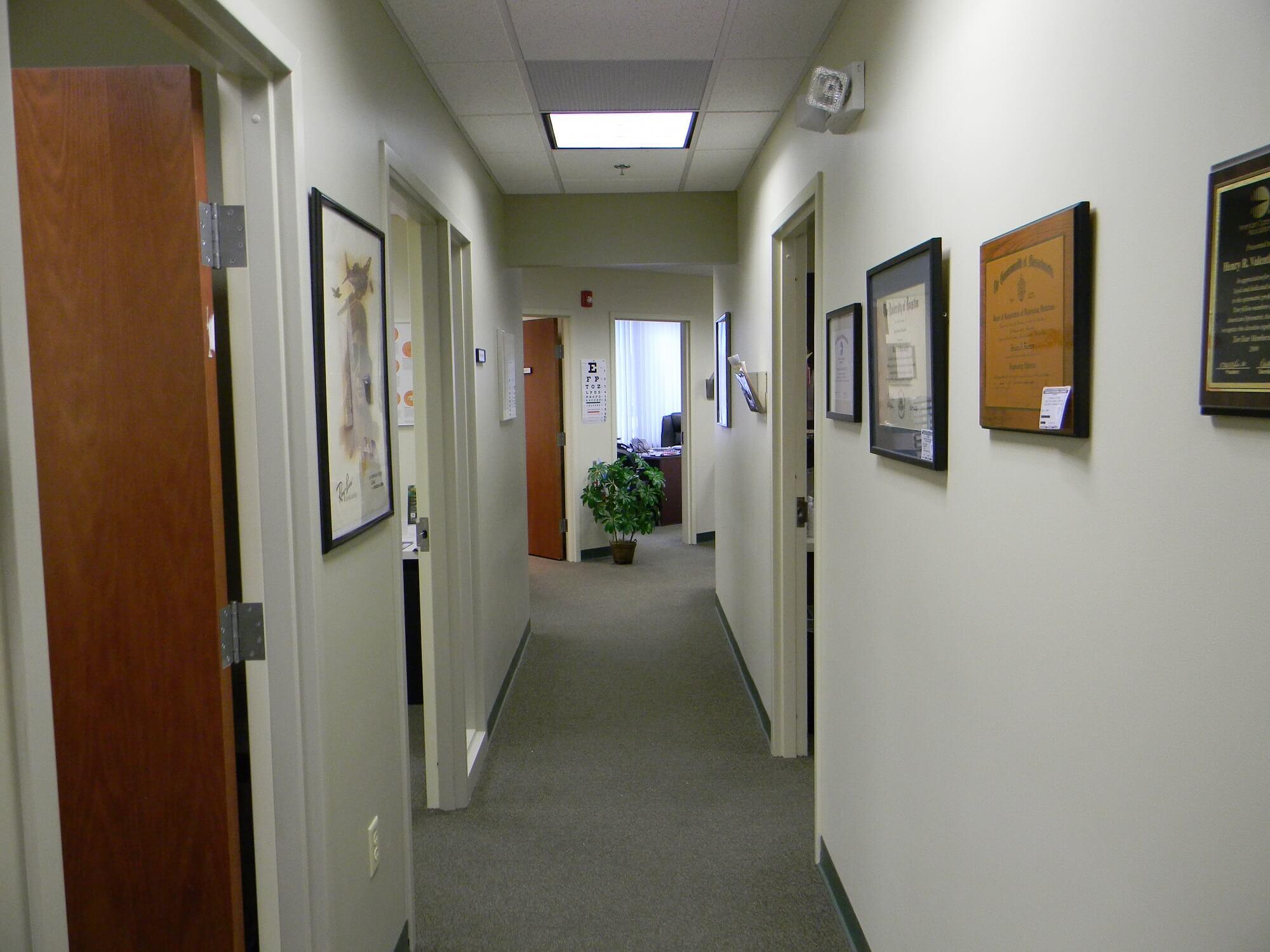 hallway DSCN1405