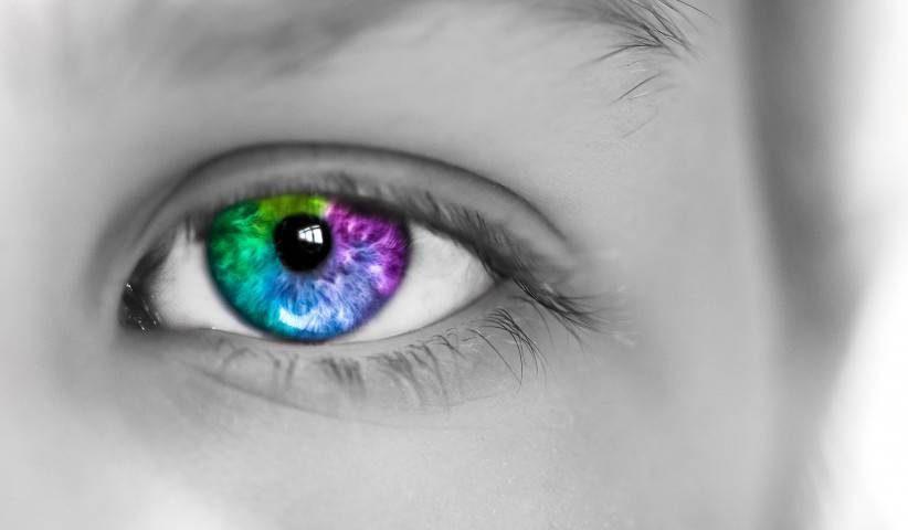 Colorful Eye Grey Photo1280x480 e1553842732430.jpg
