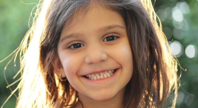 kid-smilling-pediatric-eye-careLas-Vegas-NV-.640x350