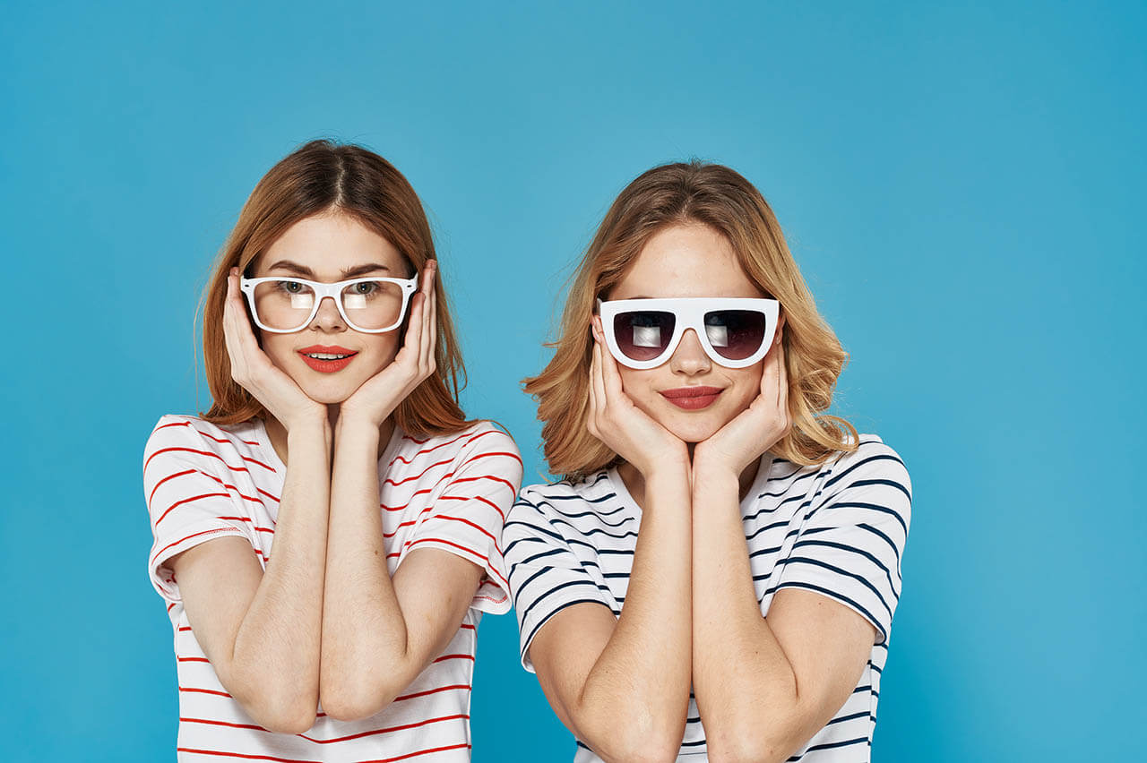 Two Funny Sisters In Striped T shirts With Glasses Fashion Lifes