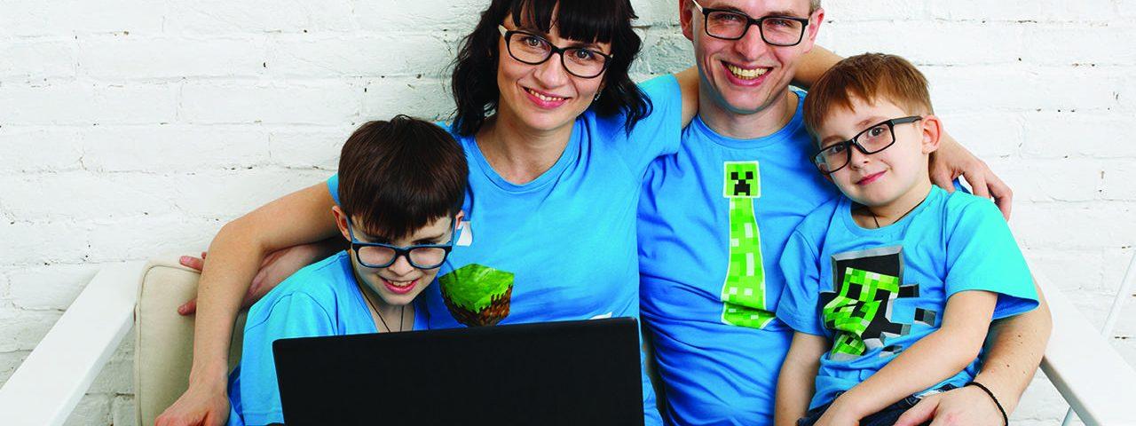 family eyeglasses computer 1280x480