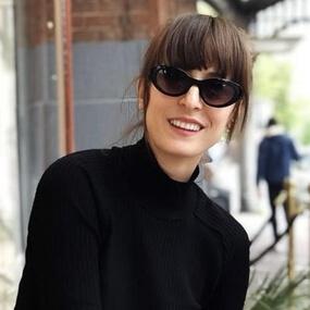 woman wearing eco sunglasses