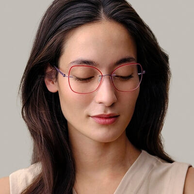 woman wearing modo pink eyeglasses