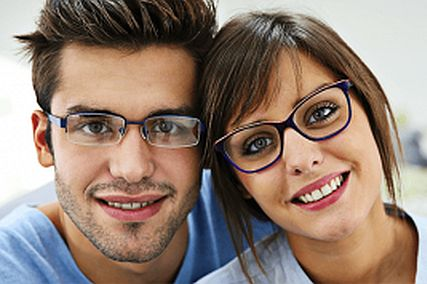 couple with glasses 427x284