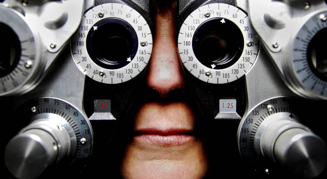 low-vision-adult-eye-care-near-you-640x350