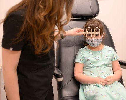 child eye exam 427x340px