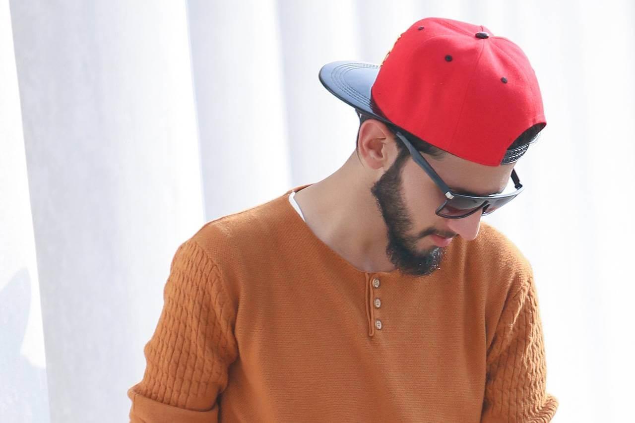 Man Sunglasses Red Cap 1280x853