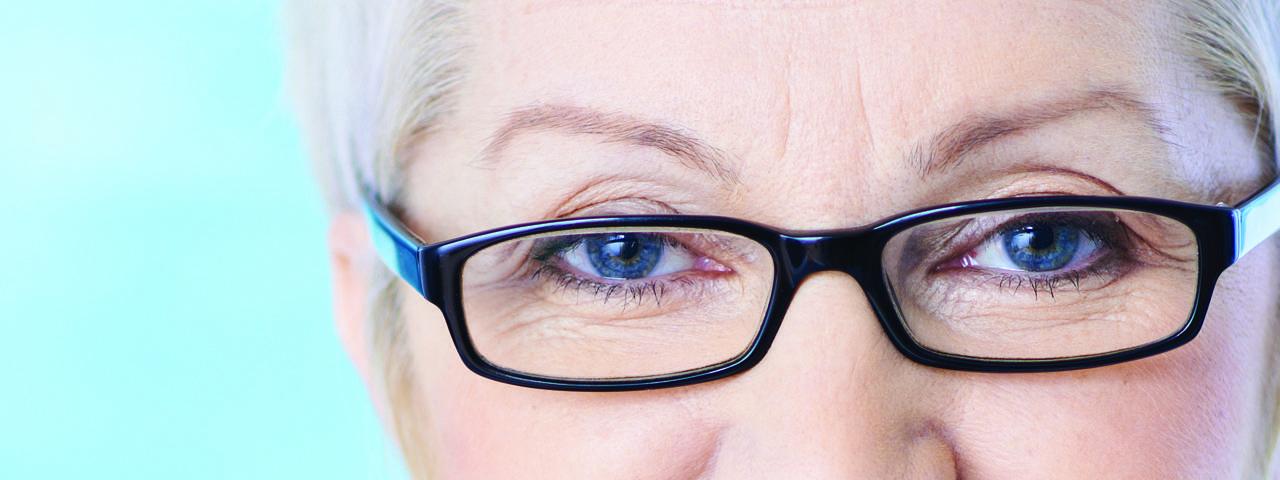 Optometrista y Examenes de la Vista - Rockford, IL - Emergencia Oculares