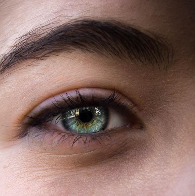 close up eye 1 min