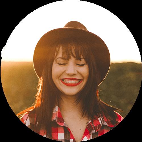 smile-girl-cowboy-hat.png
