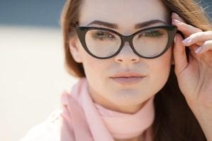 woman wearing eyeglasses south plainfield, nj