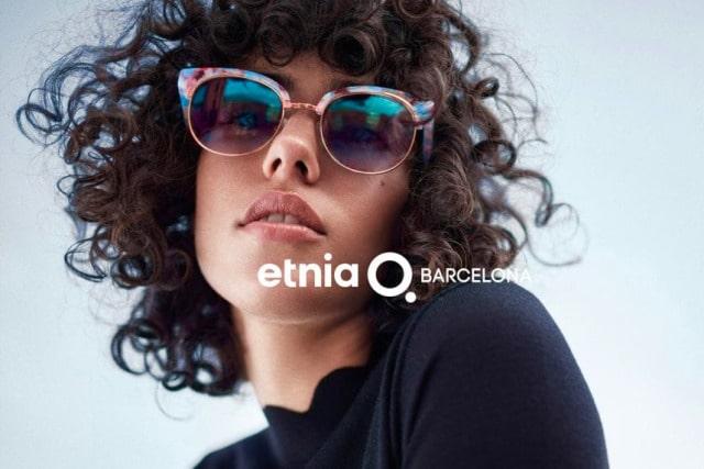 girl wearing etnia barcelona sunglasses