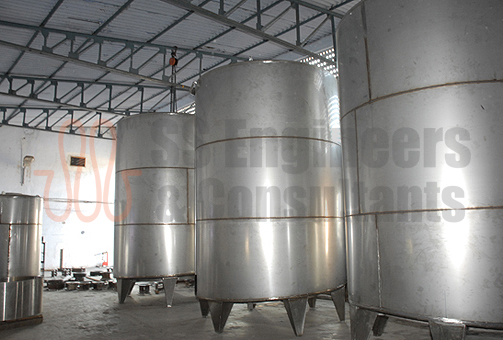 Vertical Milk Storage Tanks
