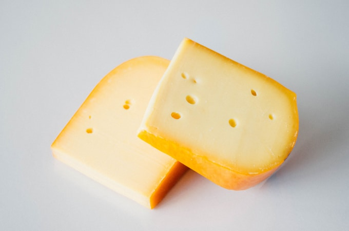 Analogue Gouda Cheese