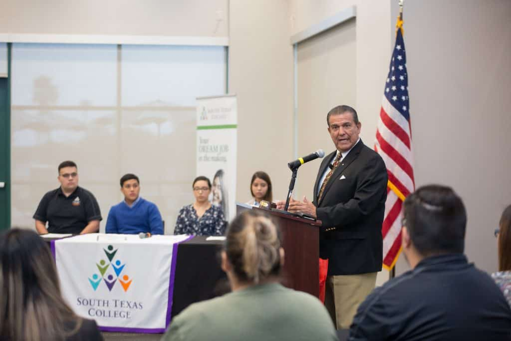 Sen. Lucio encourages South Texas College students to join the voting process during upcoming Tuesday, November 6, 2018 elections - Titans of the Texas Legislature