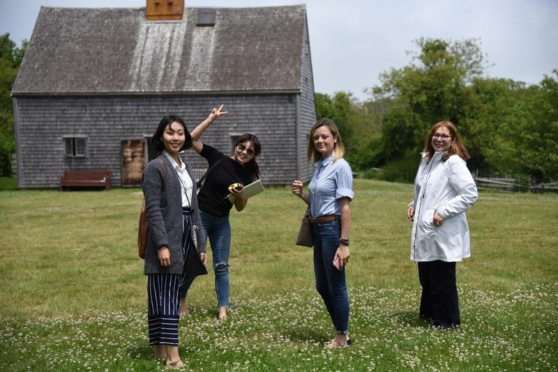 Arrival at Oldest House led by Dean Ellen Fisher (far right), students from left to right: Seryung Hong, Juhee Son, Audrey Keller. Courtesy Patricia Kennedy