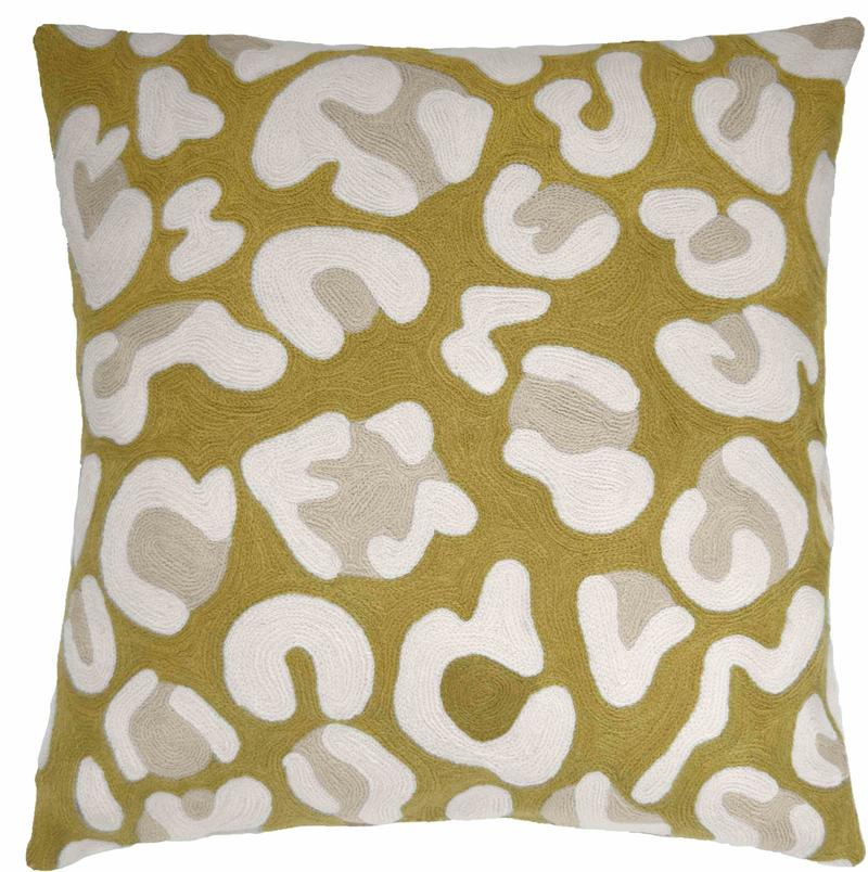 Hand-embroidered Highlight pillow by exhibitor Judy Ross; courtesy Judy Ross