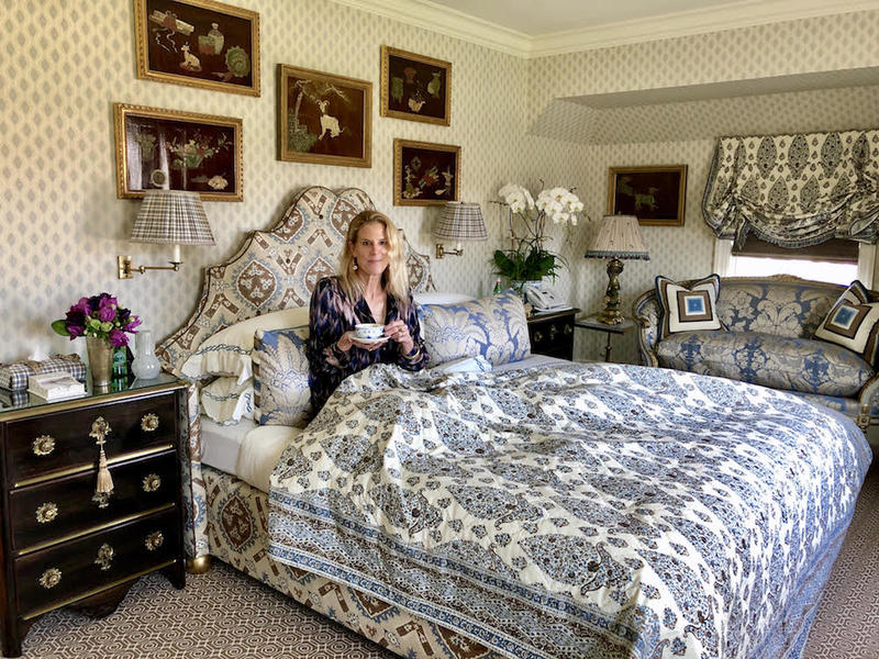 Susanna Salk in Alex Papachristidis's Hamptons house guest bedroom